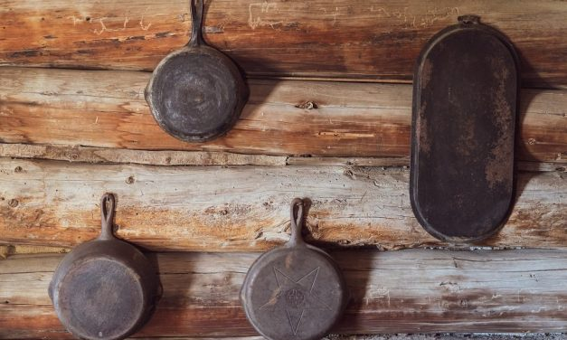 When Should You Throw Out Pans?