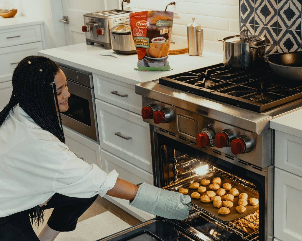 Are Calphalon Pans Oven Safe? - What Temperatures Can Calphalon Pans Withstand?
