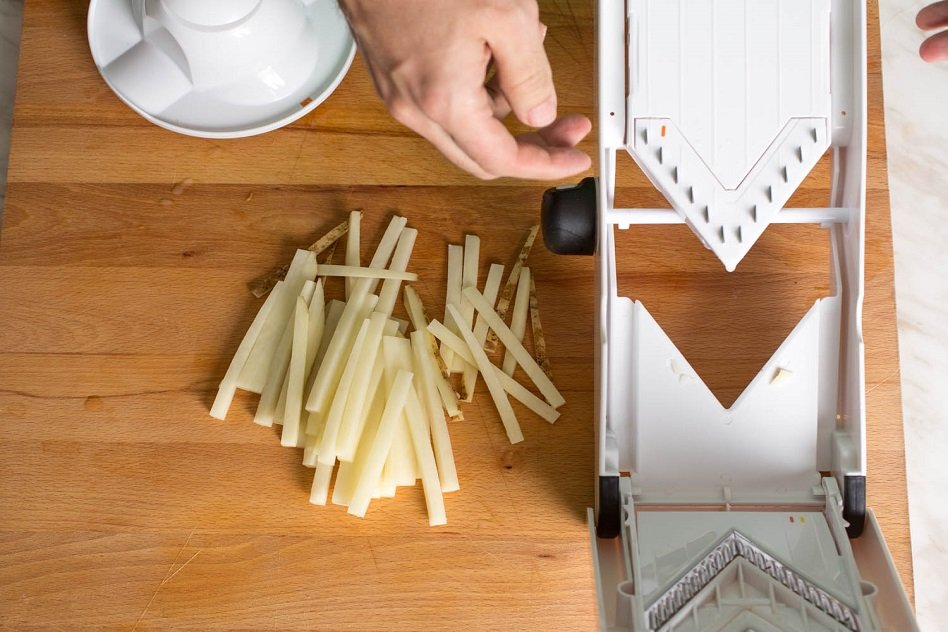 Best Mandoline Slicer: The Top 5 And All You Need To Know About Them